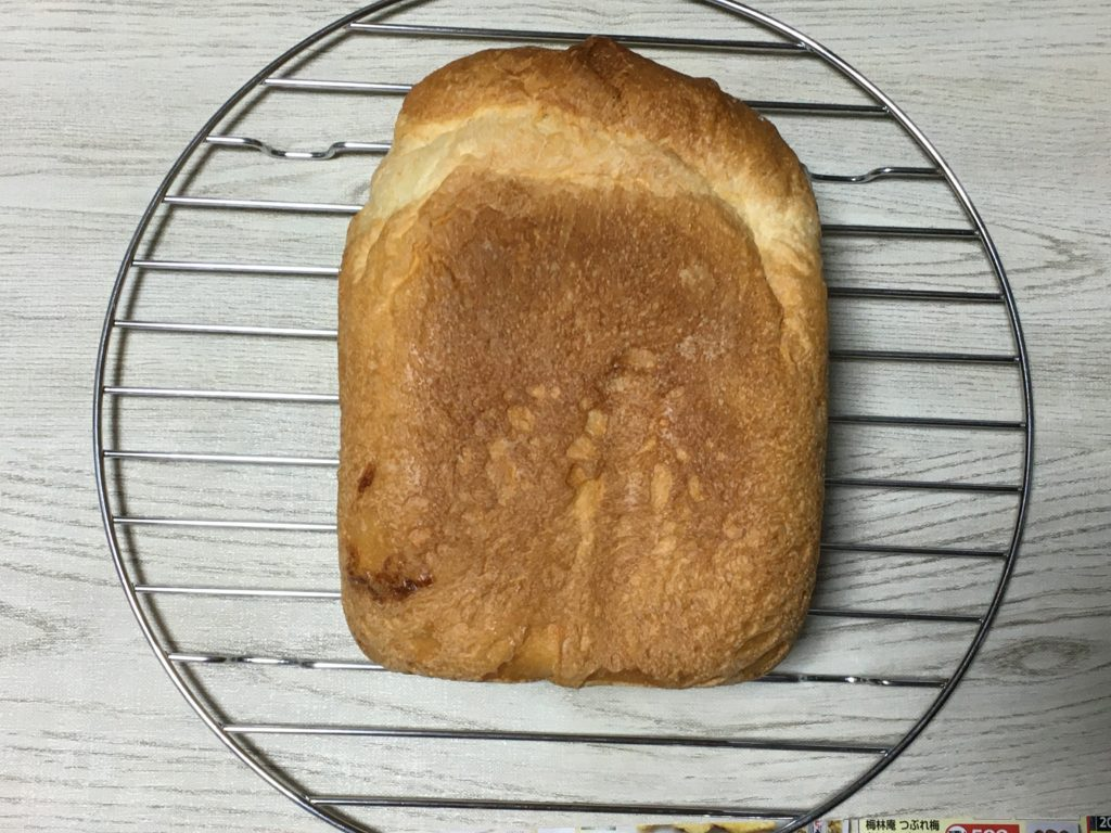 20210428とかち野酵母食パン焼き上がり